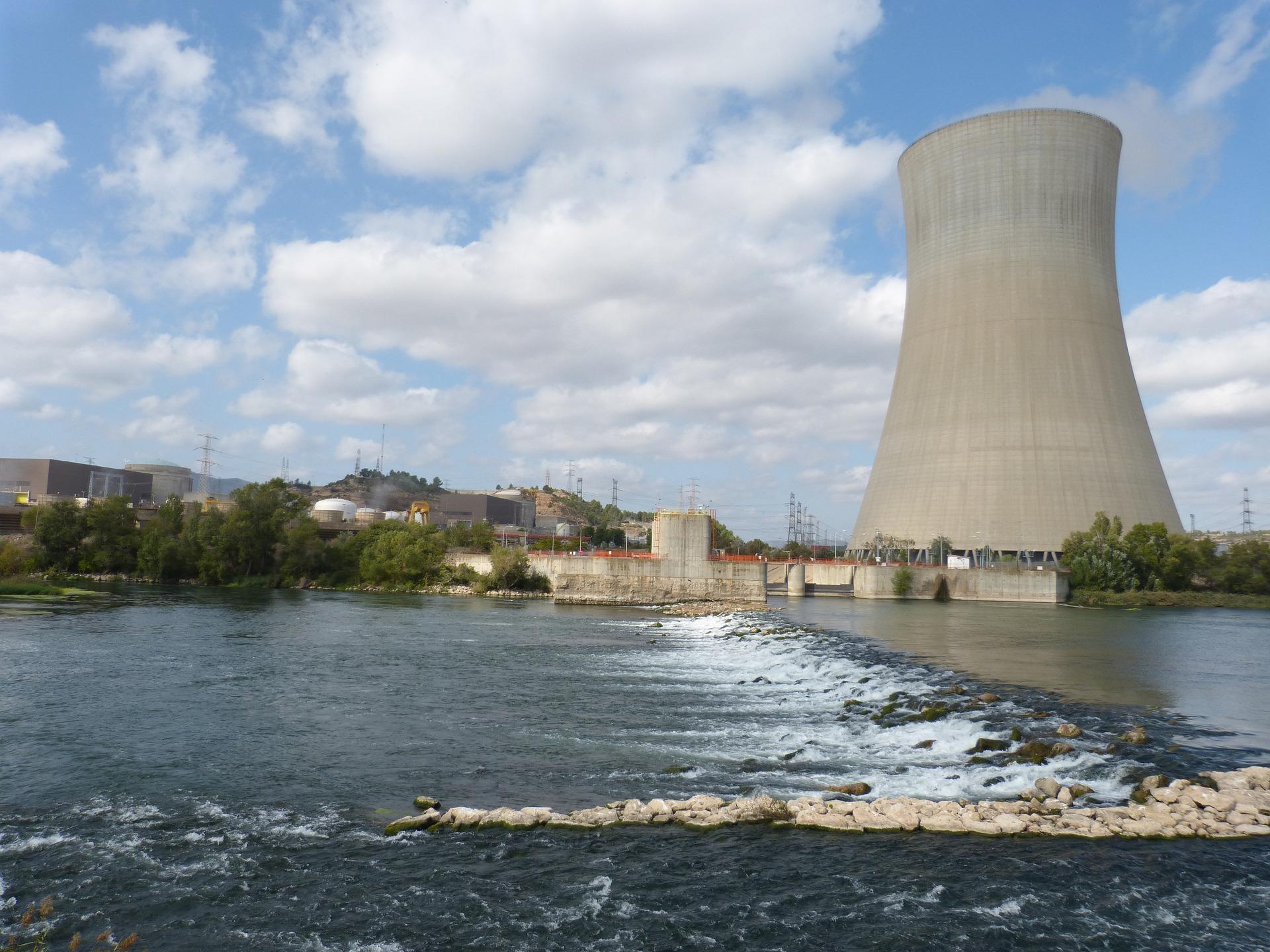 Las centrales nucleares tienen un gran coste